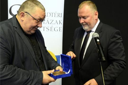 A Szabadtéri Színházak Szövetségének Gedeon József Amfiteátrum díjában részesült Vidnyánszky Attila