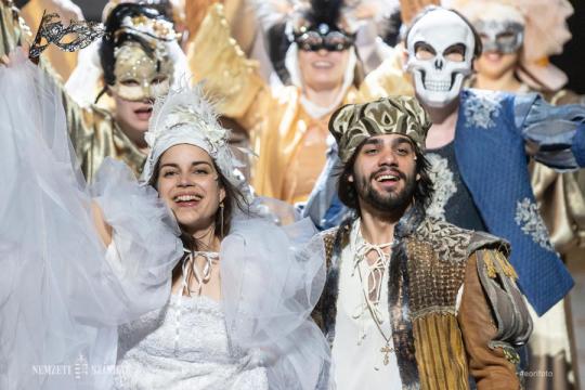 Rómeó és Júlia – maszk nélkül. Találkozás aShakespeare-dráma két főszereplőjével, Szász Júliával és Herczegh Péterrel