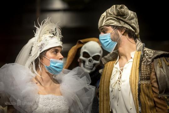 Szerelem a koronavírus idején – kordokumentum született a Nemzeti Színházban