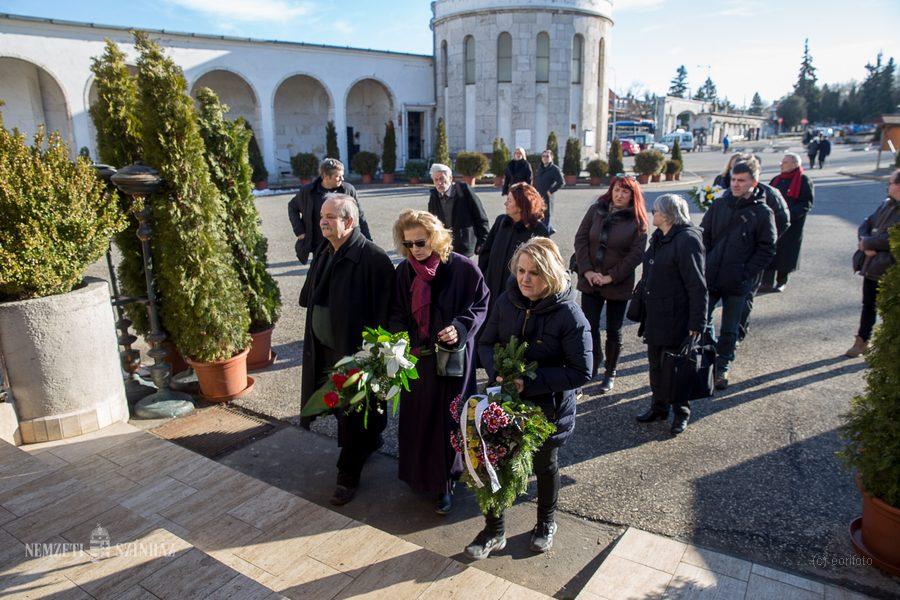 Ujlaky László temetése