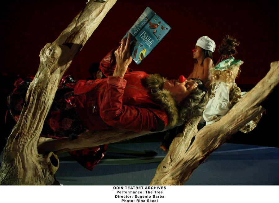 Az Odin Teatret ősbemutatója, Eugenio Barba rendezése a Nemzetiben