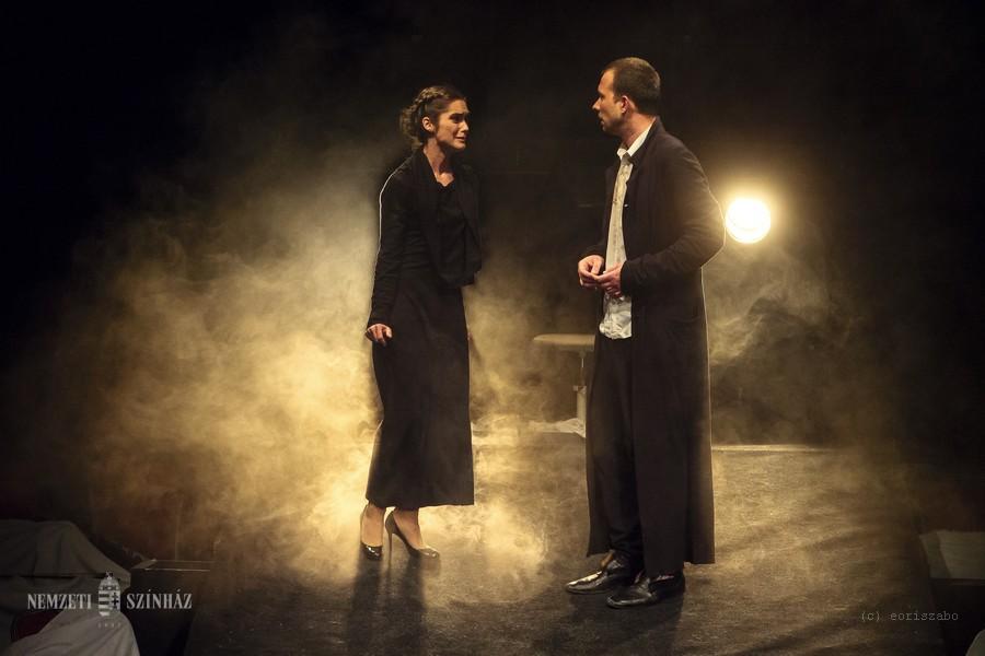 A komáromi Jókai Színház vendégjátékával: A félkegyelmű című Dosztojevszkij-feldolgozással folytatódott a MITEM