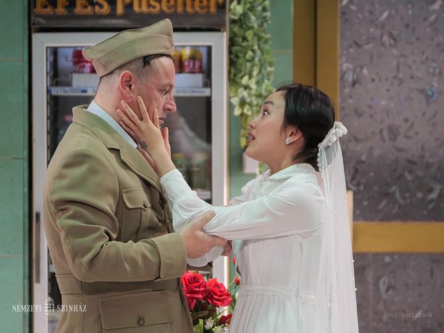 Távol-keleti közelkép magunkról – a vietnami–francia Saigon című produkció volt az utolsó külföldi nagyszínpadi előadás a MITEM-en