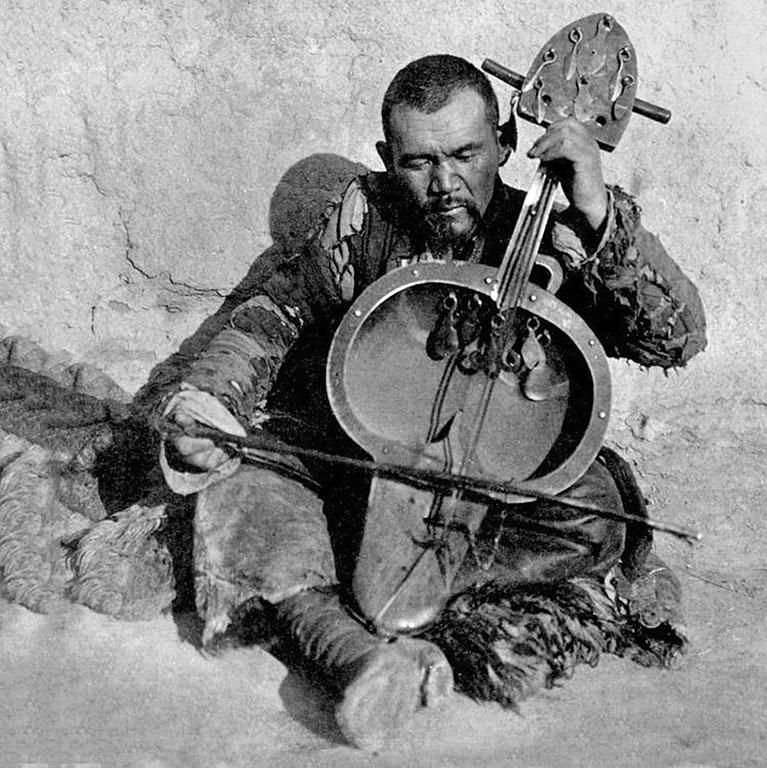 Babakhumar Khinayat: Az oguzok hagyatéka és Korkut Atya kultusza